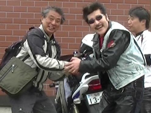 加曾利さん握手.JPG